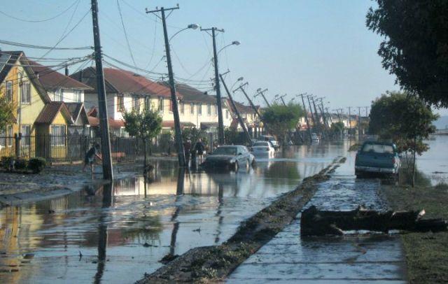 Chilean coast after the 2010 tsunami.: Marcelo Caro via Wikimedia Commons