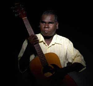mojo-photo-yunupingu.jpg